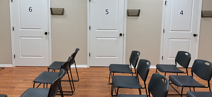 image-of-waiting-area-at-pmo